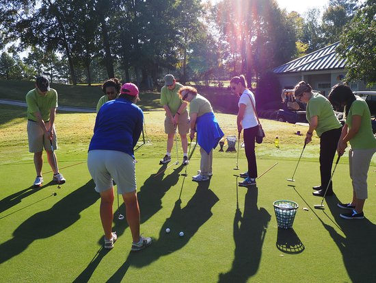 Group Golf Lessons For Groups As Small As 4 Or As Large As 50