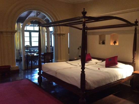 Old Harbour Hotel: Princess Suite - a lovely unexpected upgrade