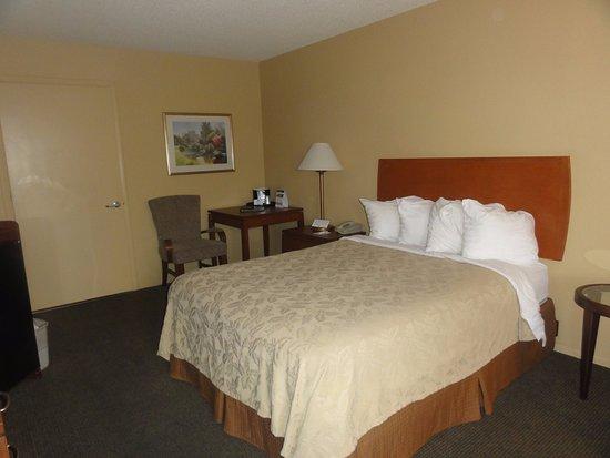 Cottonwood, AZ: Queen handicap room first floor