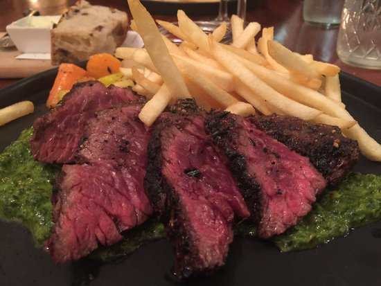 Cloverdale, CA: Hanger steak with fries