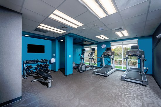 Πλίμουθ, Νιού Χάμσαϊρ: Enjoy your workouts in our large fitness room