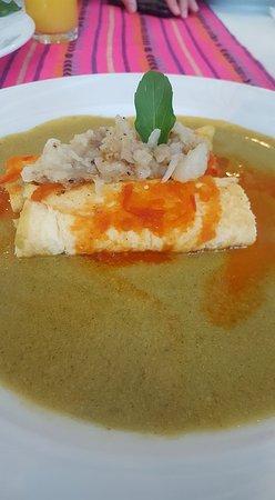 LQ Hotel by La Quinta Poza Rica: Canelón de huevo relleno de queso fresco y espinacas