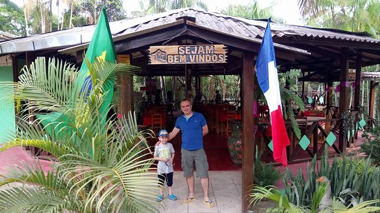 Oiapoque: The restaurant and bar area