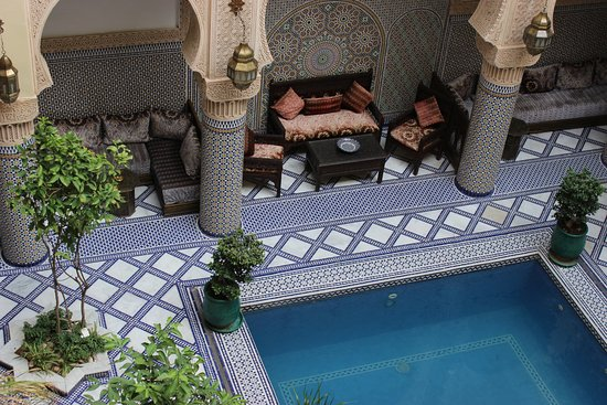 Riad Salam Fes: Courtyard and dining area of Riad.