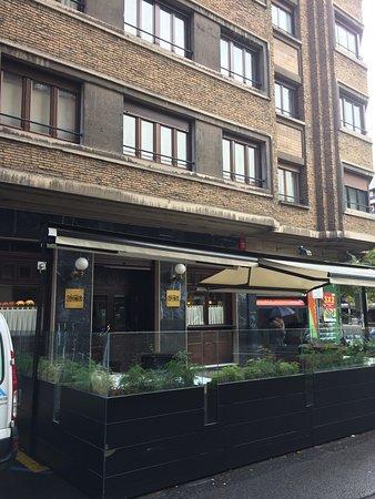 Restaurante la antigua farmacia en pamplona con cocina for Paginas amarillas pamplona