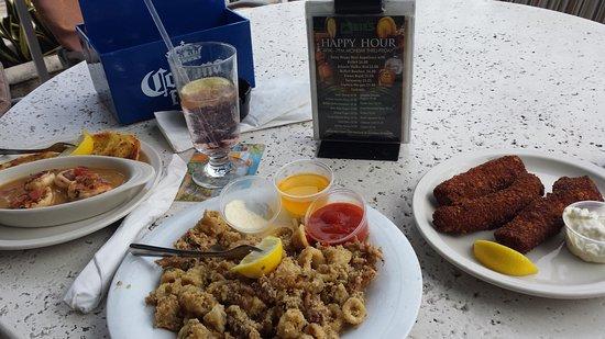 Mike's At Plaza Venetia : garlic shrimp, calamari fritti, mahi fingers