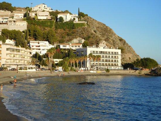 Hotel Playa Cotobro: Hotel y playa