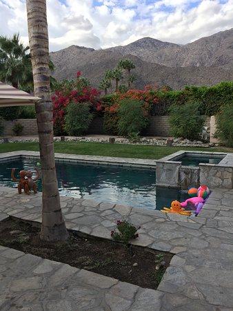 Triangle Inn Palm Springs Photo