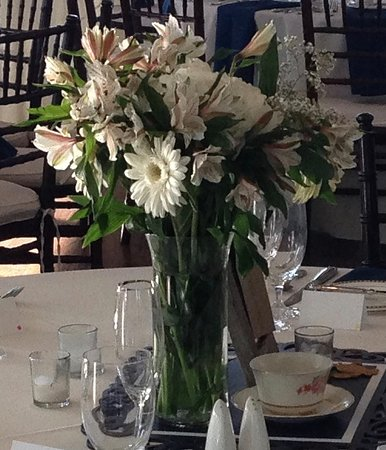 Stevensville, MD: Table settings