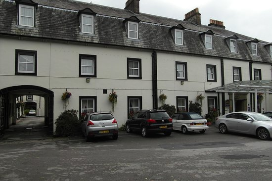 Shap, UK: Front of Hotel