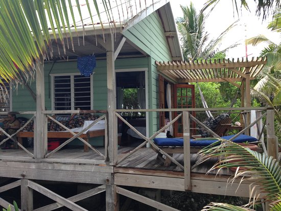Glovers Reef Atoll, Belice: Great cabins and porches.