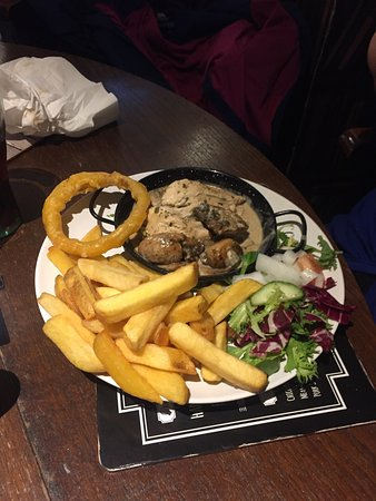 Tredegar, UK: Great meal at the Railway