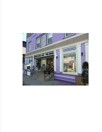 Hancock, NY: Two Sister Emporium is easy to find. Look for the Purple building at 170 E. Front St.