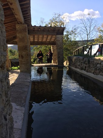San Casciano dei Bagni, Italia: First bath....keep walking for more!