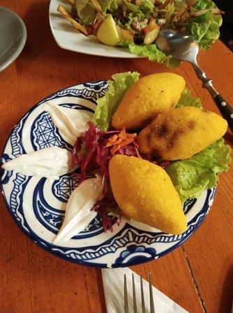 Habibi: Cena en vueltas a buen precio, con comida exquisita y trato excelente, sin duda para repetir