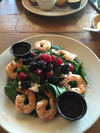 Pasadena, MD: Summper Berry Spnach Salad (added shrimp)