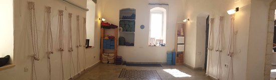 Jerusalem District, อิสราเอล: Iyengar Yoga With Agi