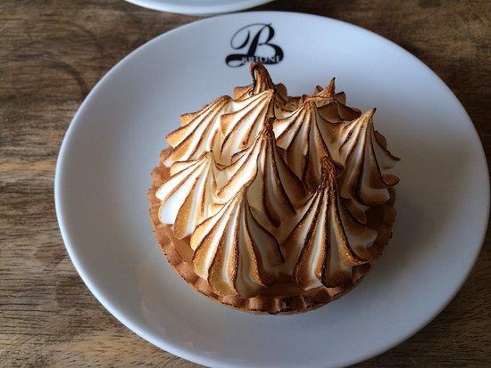 Patisserie Brione: Lemon and meringue tart - just look at those peaks!