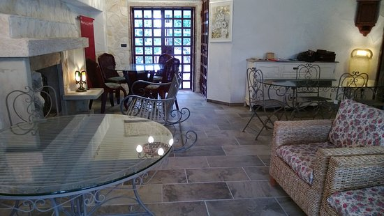 Montecastrilli, Italy: ..il salone