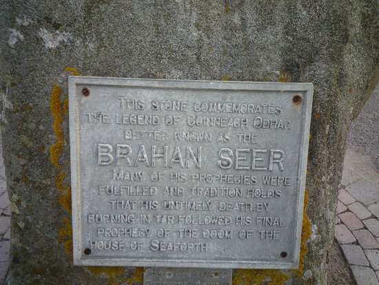 Brahan Seer Monument : lapide