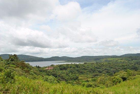 Nuevo Arenal, Costa Rica: lago cote