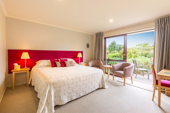 Accent House Boutique Bed & Breakfast: Bellbird Suite. This room can be set up as a king or as a twin room. Recently refurbished.