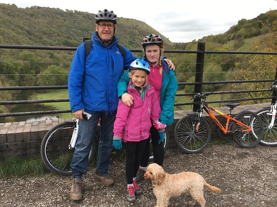 Tideswell, UK: Cycling the Monsal trail