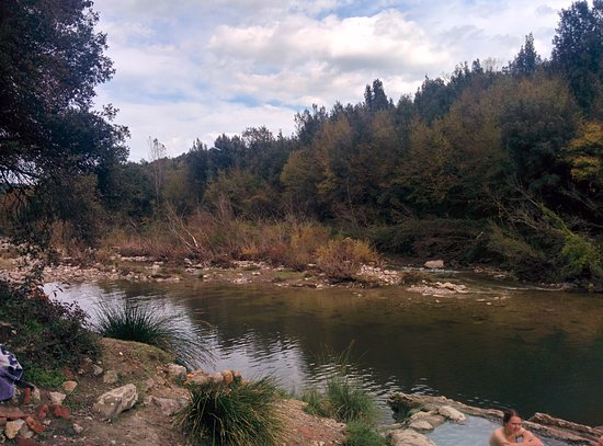 Monticiano, Italy: The river view from the thermal pool