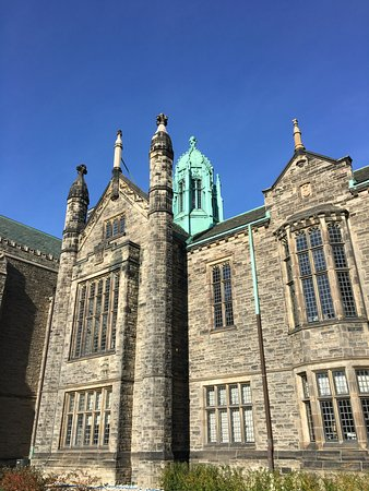 Trinity College building at University of Toronto