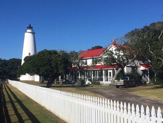 Ocracoke, Carolina del Nord: lighthouse grounds
