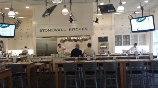 Stonewall Kitchen Headquarters Picture Of Stonewall Kitchen York Tripadvisor