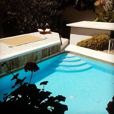 Hotel La Casona Breakfast & Wellness Center: Alberca con agua de manantial