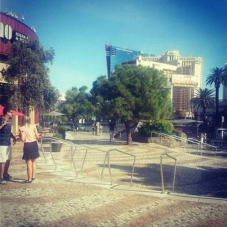 Monte carlo casino entrance fee