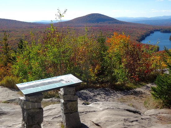 Groton, VT: Interpretive Sign Atop Owls Head, Identifying Peaks and Geology