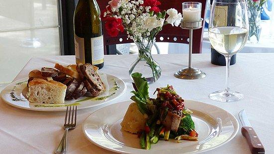 Morristown, NJ: Dinner Table