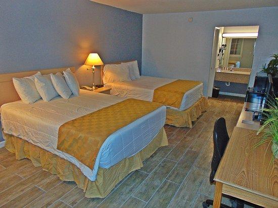 Ramada Kingman : 2 Queen Beds