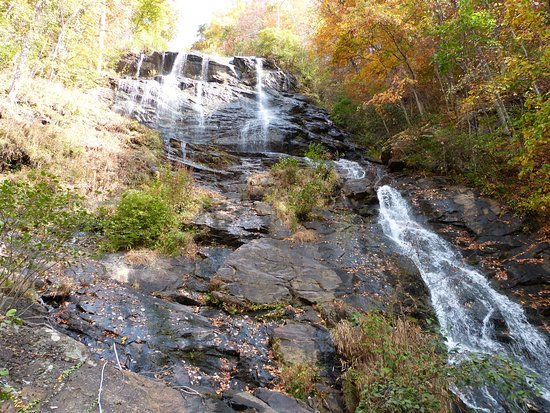 Amicalola Falls State Park: looking up the falls