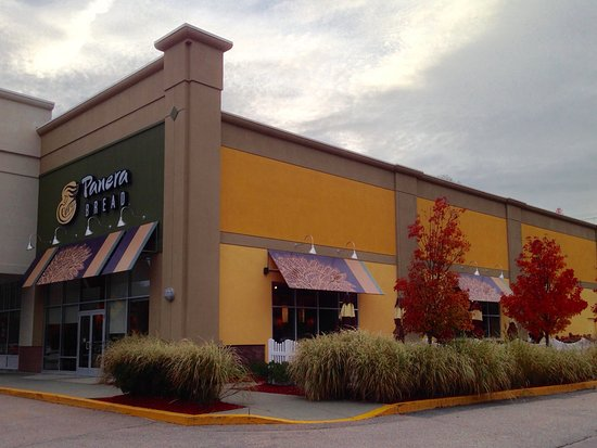 Lisbon, CT: Panera Bread - Exterior, Side View