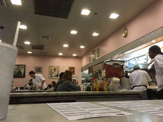 The Camellia Grill: View of the diner