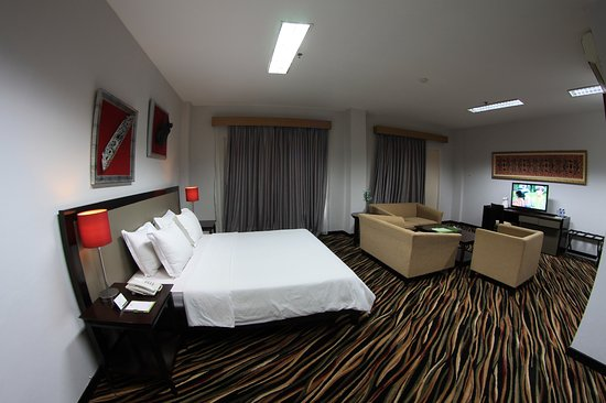 Oak Tree Bontang Prices Hotel Reviews Indonesia Tripadvisor