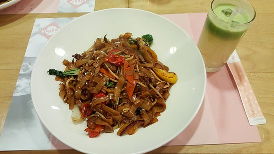 Yippee Noodle Bar: 20161109_182231_large.jpg