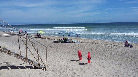 Jensen Beach, FL: At base of lifeguard shack