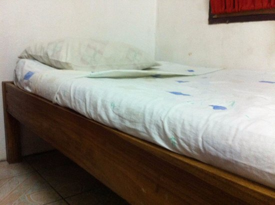 Cabinas Smith: Thin mattress wasn't the most comfortable