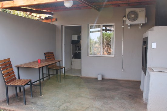 Marnitz, South Africa: patio with build-in braai