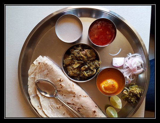 The gallery for --> Kolhapuri Mutton Thali
