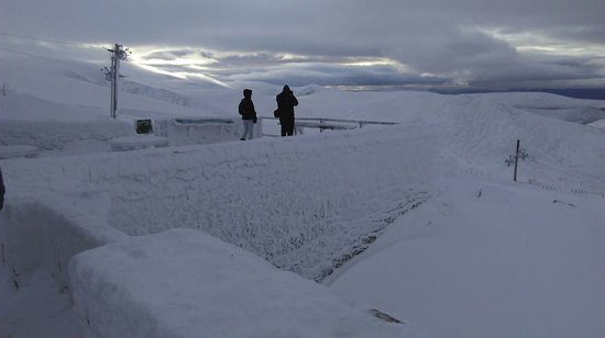 Aviemore, UK: View point at the top of mountain , first decent snow fall of year