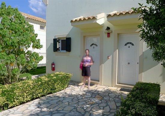 Ostria Apartments: Outside Apartments