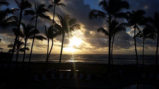 Mokihana: Awesome sunrise!