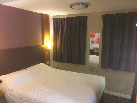 Premier Inn London Leicester Square Hotel: Habitación 805