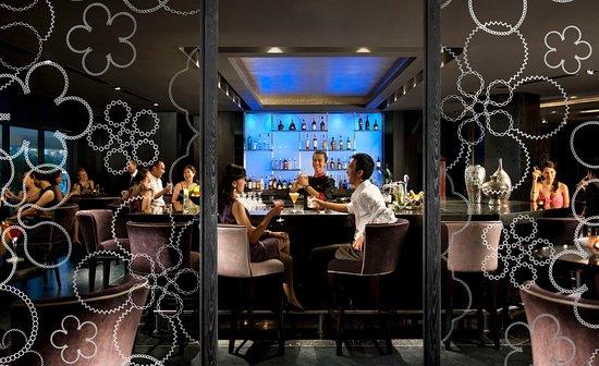 Mandarin Oriental, Jakarta: MO Bar